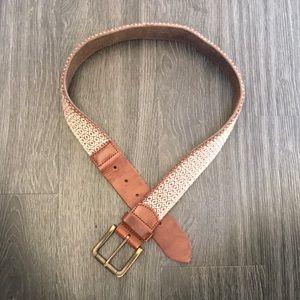 Lucky Brand belt. XS/S barely worn. Super cute
